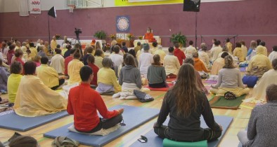 Meditation with Vishwaguruji